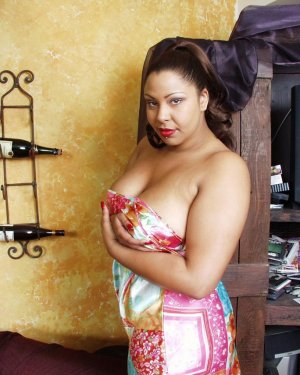 Marie-angelina escorts girl vieille à Montech, 82